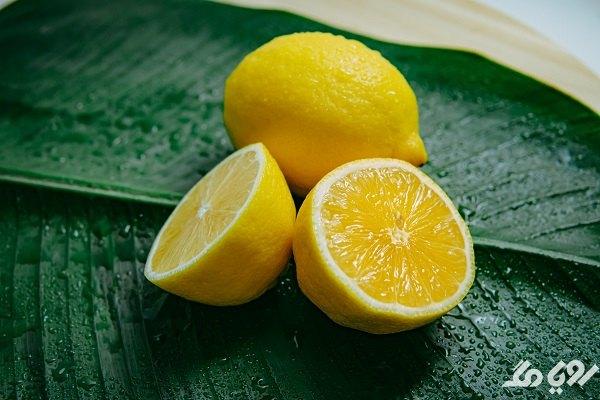فواید لیمو برای رفع تیرگی بین پا و کشاله ران