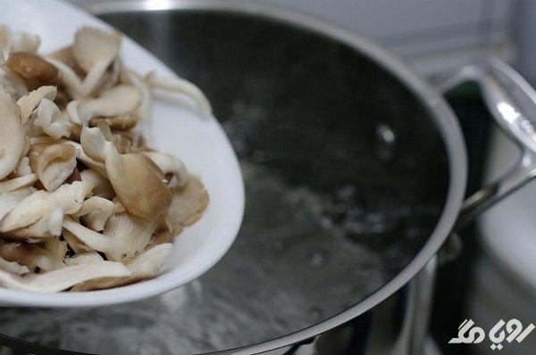 تفت دادن قارچ برای نگهداری